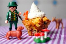 Semmelknödel-Muffins mit Bergkäsegipfeln  GourmetGuerilla.de