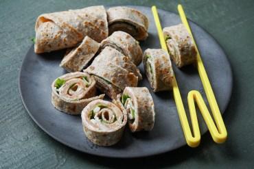Pikante Buchweizen-Crepe mit Lachs, Rukkola und Parmesan |GourmetGuerilla.de-8154618