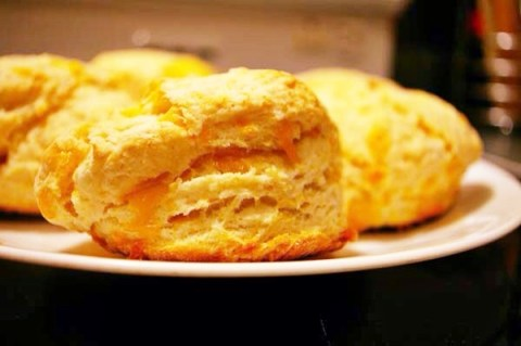Fluffy Baking Powder Biscuits - The Gourmet Housewife