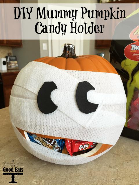 DIY Mummy Pumpkin Candy Holder