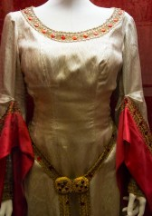 Maria Callas costume for Macbeth at La Scala in 1952 in photos