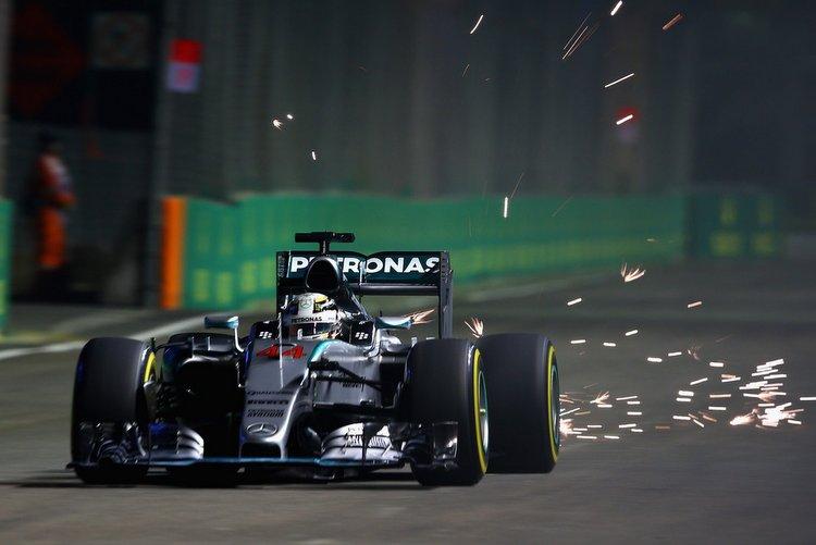F1-Grand-Prix-Singapore-Qualifying-Het7p