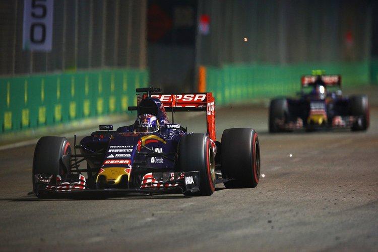 Max-Verstappen-F1-Grand-Prix-Singapore-X