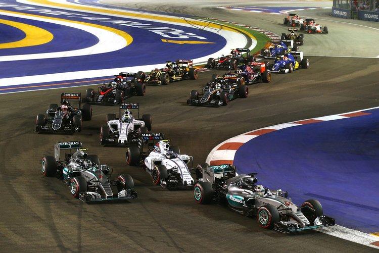 Nico-Rosberg-F1-Grand-Prix-Singapore-lNK