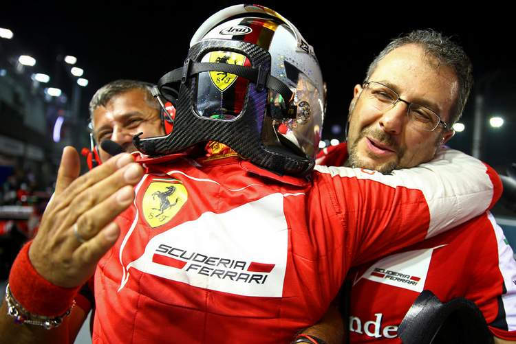 Sebastian-Vettel-F1-Grand-Prix-Singapore