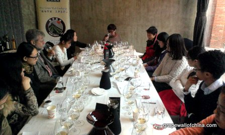 grape wall challenge 2013 at temple restaurant beijing china (8)