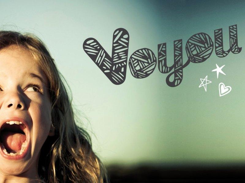 Nyon création logo et charte graphique Voyou Magazine