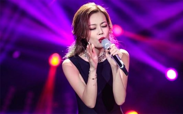 Joey Yung in I Am A Singer 4 Round 7