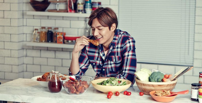 Lee Min-Ho opens 3rd KyoChon outlet in KL