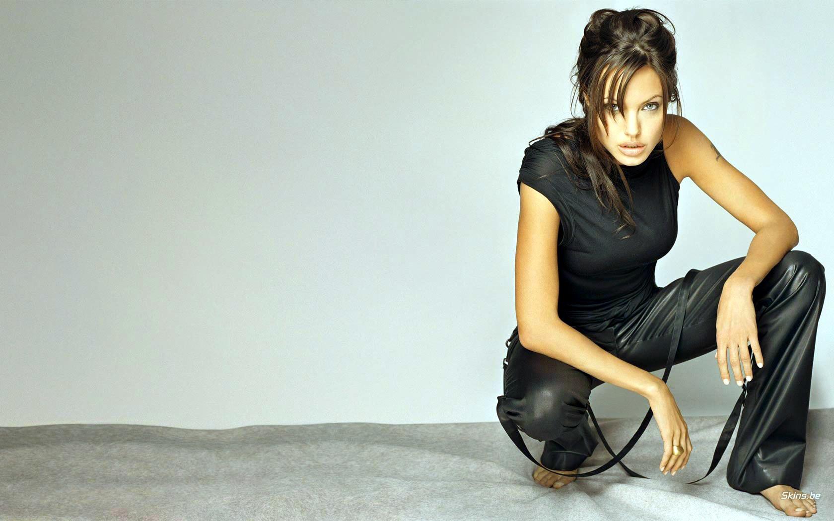 Red Dead Redemption Wallpaper Hd Fondos De Pantalla De Angelina Jolie Wallpapers Hd Gratis