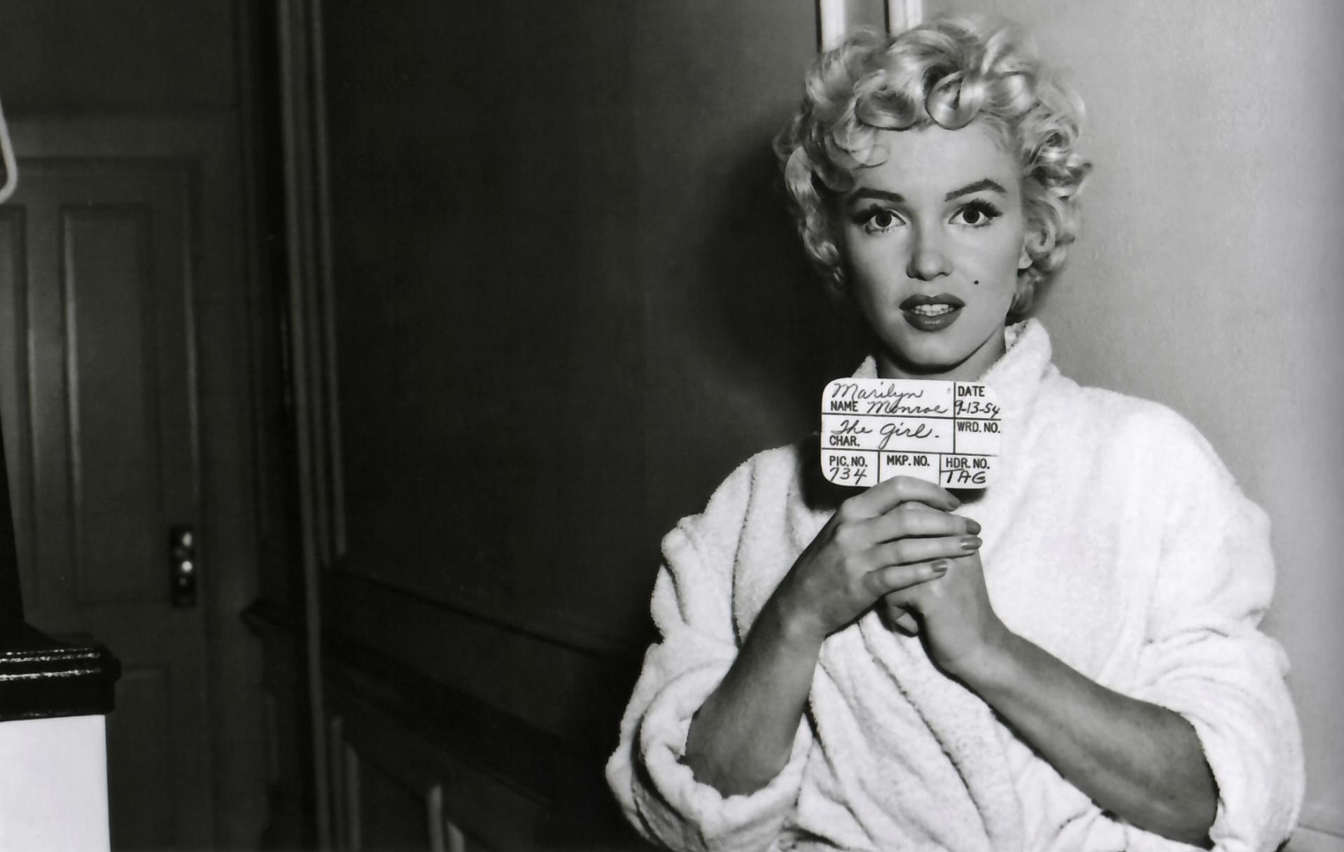Black And White Pin Up Girl Wallpaper Marilyn Monroe Fondos De Pantalla De Marilyn Monroe