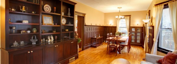 Make a Richer home with wooden Furniture