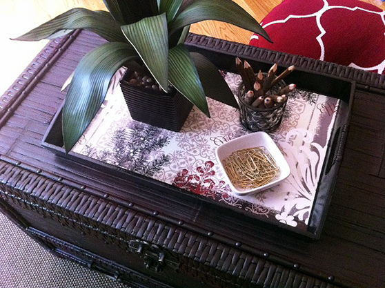 tray in office