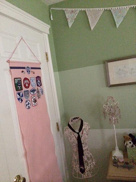 banner hang 2