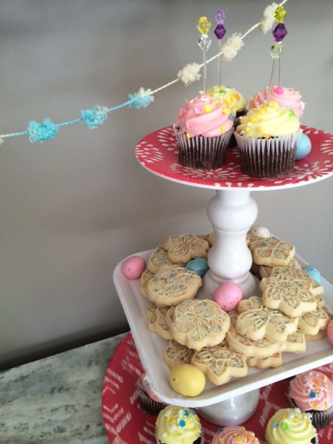 tiered tray detail
