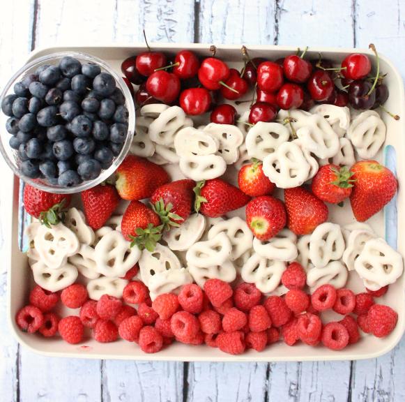 Easy-Flag-Fruit-Dessert-Family-Fresh-Meals-