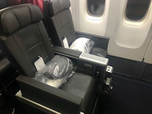 Greek for Points REVIEW AMERICAN AIRLINES PREMIUM ECONOMY (MIA