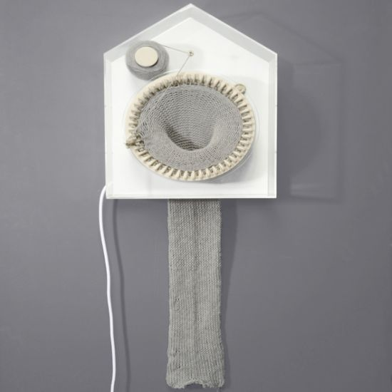 365 knitting clock 1