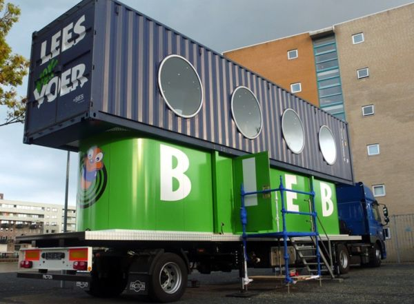 biebbus shipping container children library 1