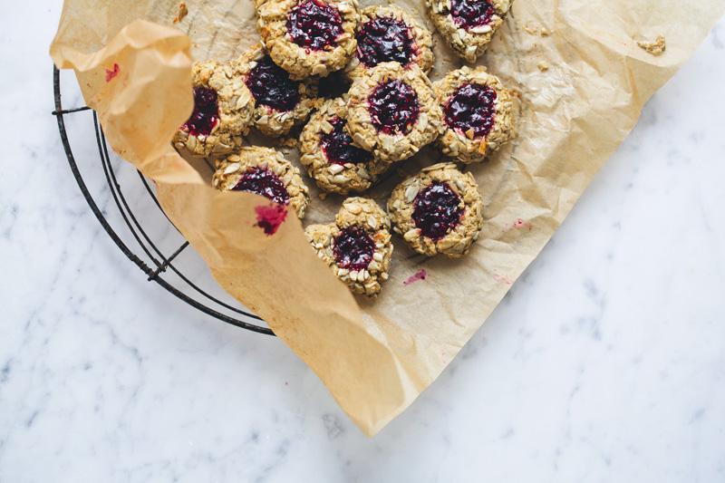 Thumbprint_jam_cookies_6