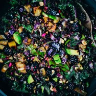 Purple_kale_salad_1