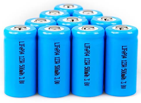 lifepo4 batteries1 LiFePO4 Batteries: Chevy Volt`s Future Energy Sources