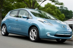 nissan leaf range 300x199 Nissan Director Says Leaf Can Get to 140 Miles, Despite EPA Estimates