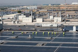 general motors plant 300x200 General Motors Greens Up By Installing 512 kW Solar Plant on Detroit Facility
