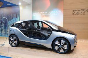 1024px 2012 03 07 Motorshow Geneva 4421 300x199 BMWs Different Tactics to Attack Electric Vehicle Range Anxiety