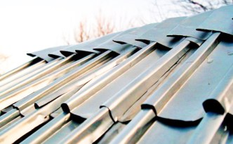 recycled-aluminum-can-roof-shingles