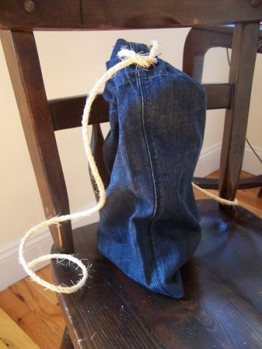 Think Again: Turn Old T-Shirts Into Drawstring Bags