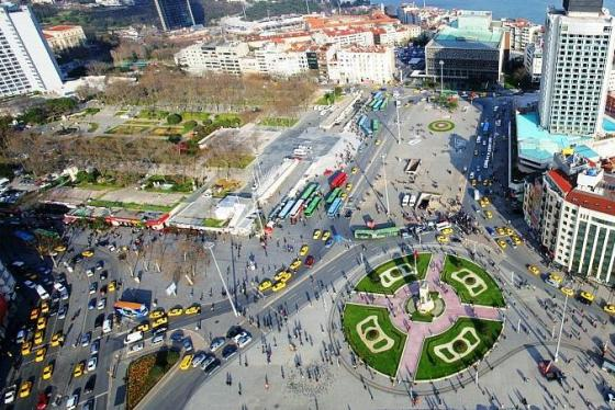 istanbul main square Taksim Square