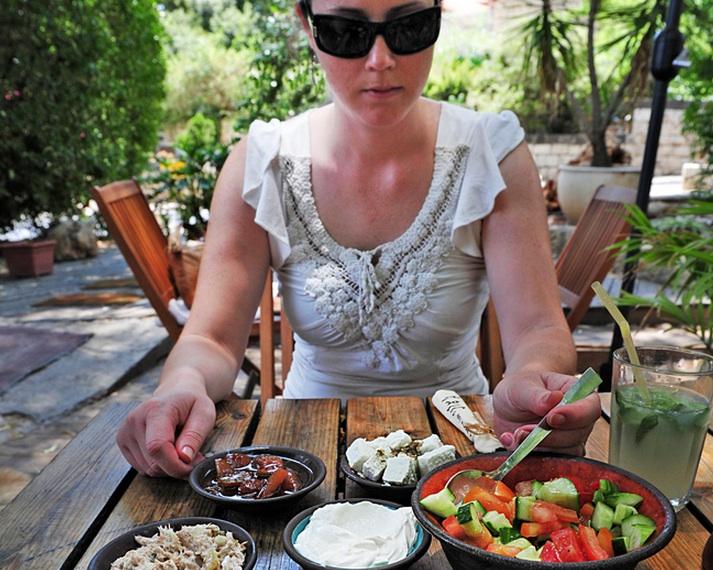 Israel Turns to Arab Neighbors to Avert Tomato Crisis