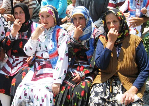 In Black Sea Village Turks Use Bird Language Instead of Cell Phones