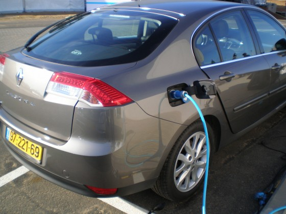 Israel's Better Place Electric Car Network Bleeds Capital