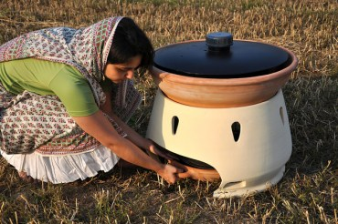 Eliodomestico is a Solar-Powered Desalination Device for the 99%