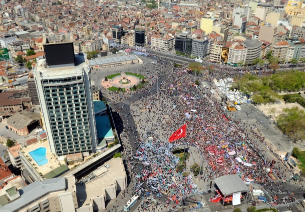 Controversial Renovation of Istanbul's Taksim Square Has Begun