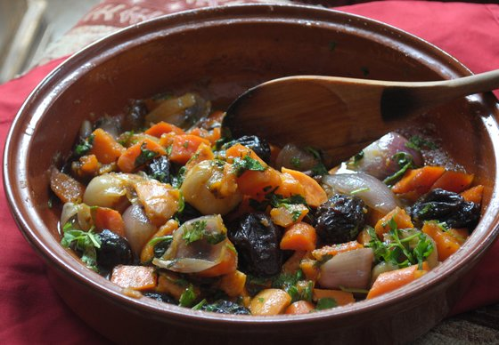 Eat Like A Sustainable Israeli: Tajine of Sweet Potatoes and Prunes RECIPE