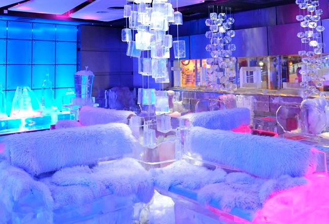Chillout Cafe: Dubai's First Ice Lounge Makes its Chilling Debut