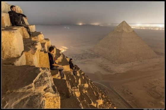 Russians Photograph Giza 1, russian skywalkers middle east