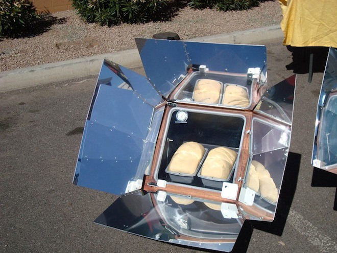 SunOven, solar cooker, refugee, green technology, clean tech, solar power, humanitarian design, social design