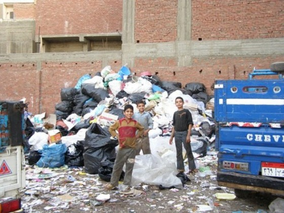 Cairo Sustainably Manages Garbage with Unionized Pigs and Ragpickers