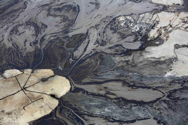 canada-oil-sands-crude