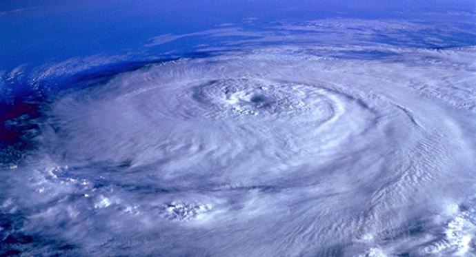"Extreme ""grey swan"" hurricanes heading to Dubai (and Tampa!)"