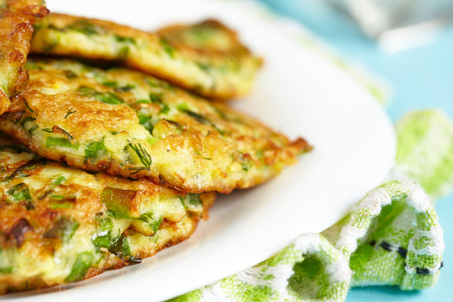 Healthy Herbed Zucchini Fritters For Hanukkah: RECIPE