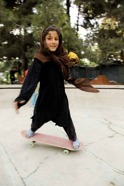 skateistan-girls