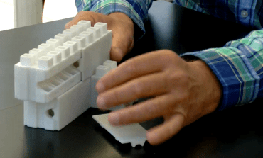 SmartBrick lets you play with LEGO to build your home – for real