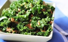 Bowl of Kale Chips with Nuts
