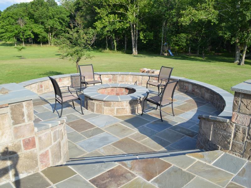 Pennsylvania Bluestone Patio Fire Pit Pergola