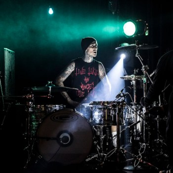 Travis Barker - Performance